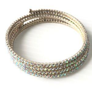 🌻4/$10  Borealis Crystal Memory Bracelet